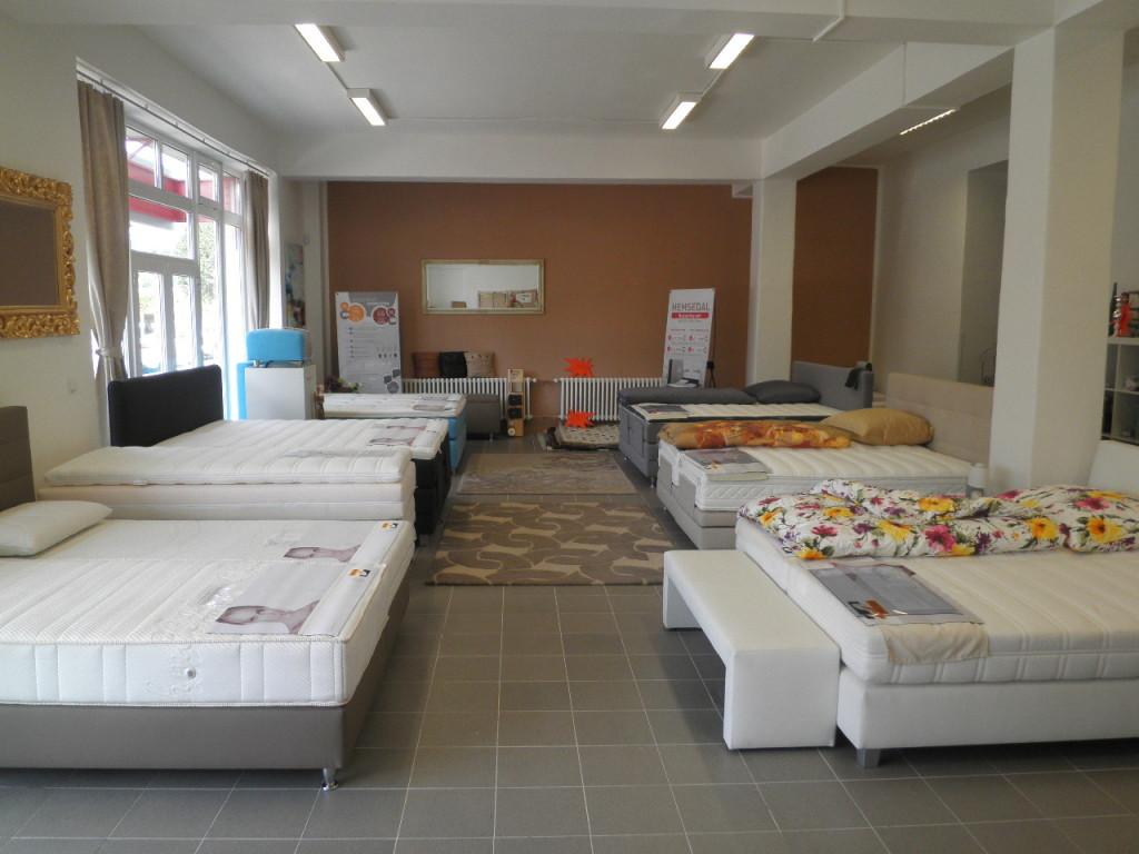 Luxusní postele Velda  - prodejna Praha.