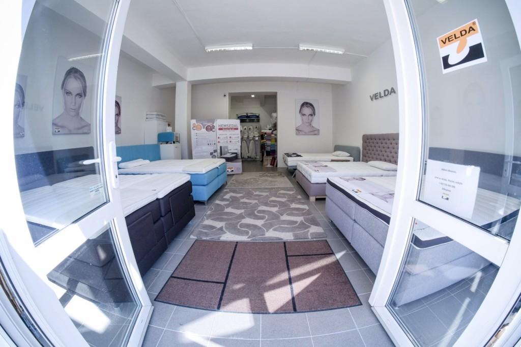 Interiér postelí
